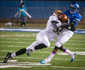 South Lakes Football/Photo by Mike Heffner, Vita Images