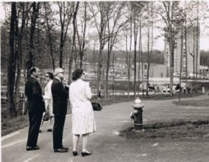 Sen. Harry F. Byrd strolling through Reston with Robet Simon and Jane Wilhelm/Credit: Reston Historic Trust