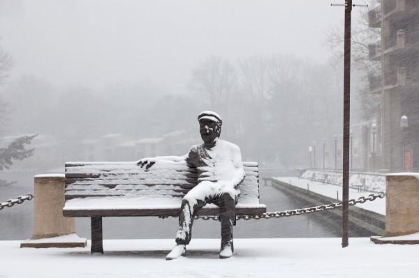 Bob Simon statue in snow/Credit: Charlotte Geary