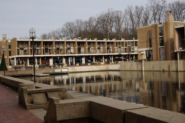 Lake Anne Plaza