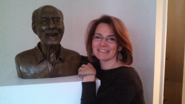 Herndon Mayor Lisa Merkel Stands With Bob Simon/Credit: Cornerstones
