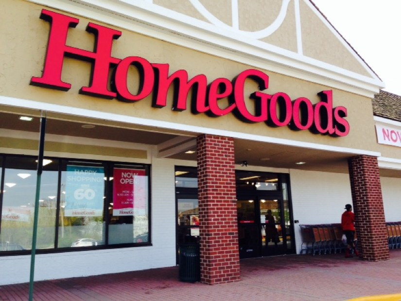 Now open nearby homegoods in herndon reston now for Home decor stores nearby