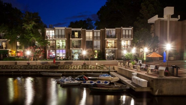 Lake Anne at night/Credit: Charlotte Geary