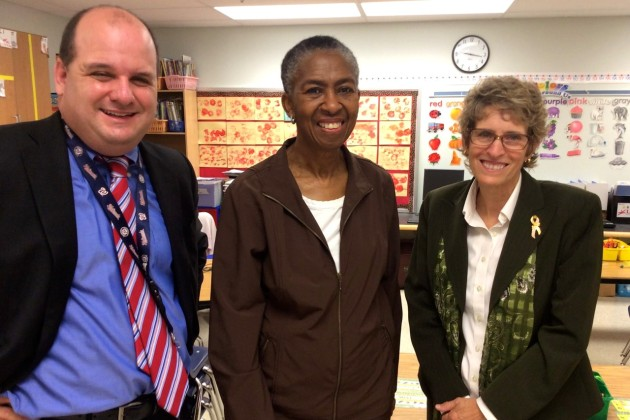 County Supervisor Catherine Hudgins walked to school with some Forest Edge children and visited classrooms. (Photo courtesy of Raba Letteri)
