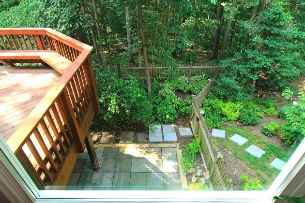 This Quimby Point Lane backyard will be included on the Reston Home Tour. (Photo courtesy of Reston Historic Trust)