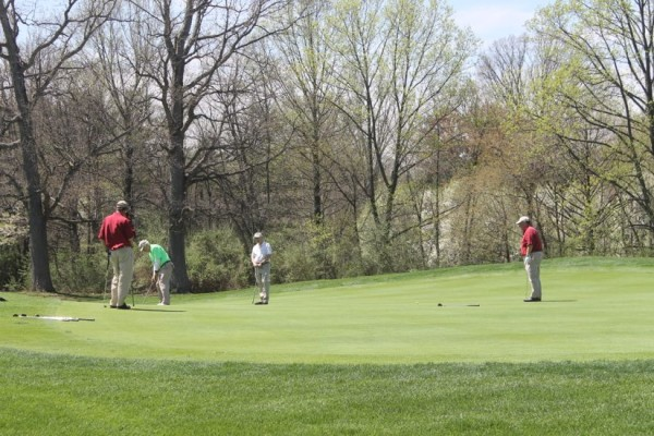 Golfers at Reston National