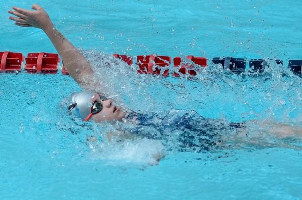 IM Backstroke swimmer/Credit: Leslie Sogandares