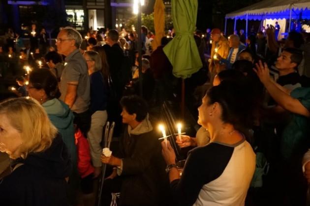 Candlelight vigil for Bob Simon.