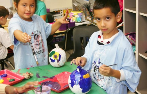 Lake Anne ES students turn pumpkins into globes/Courtesy Lake Anne ES