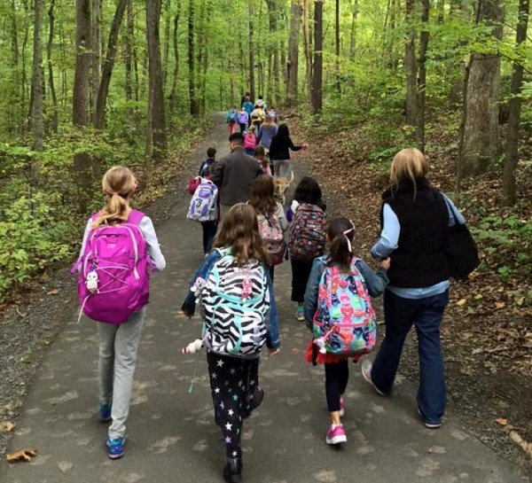 Forest Edge ES students take part in Walk to School Day 2015/Courtesy Karen Raffel