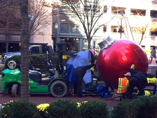 Getting ready for Christmas at Reston Town Center
