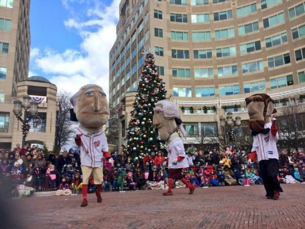 Reston holiday parade 2014/file photo
