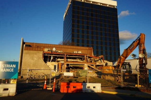 Chili's building demolition in progress