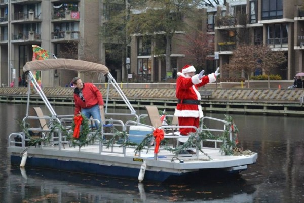 Santa at Lake Anne/Courtesy Jingle on Lake Anne