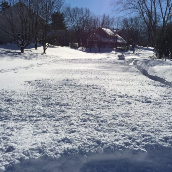 Autumnwood Drive in Reston Monday, Jan. 25/ Jackie Laurenzi via Twitter