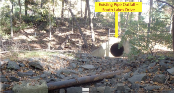 Exposed sewer pipe near Lake Audubon/Credit: Fairfax County Pubic Works