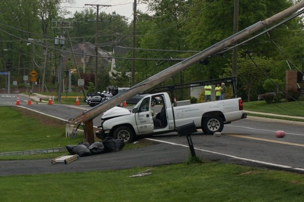 Electric pole on Reston Avenue
