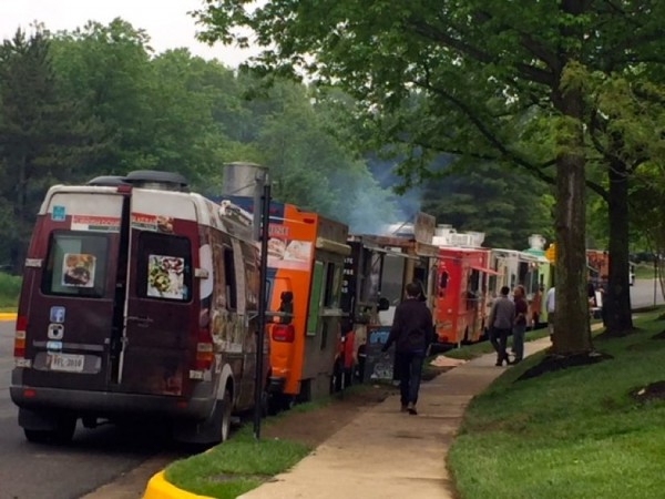 Food trucks on Business Center Drive