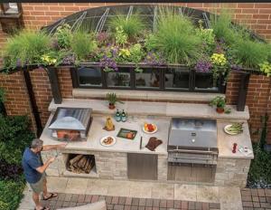 Outdoor kitchen/Anna Gibson