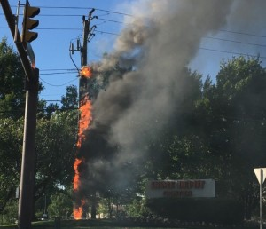 Utility pole fire by Home Depot/Credit: William Ho
