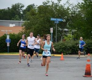 Running in Reston/Credit: PR Running