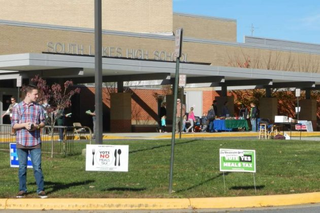 The South Lakes High School polling place had steady traffic most of the morning on Election Day 2016.