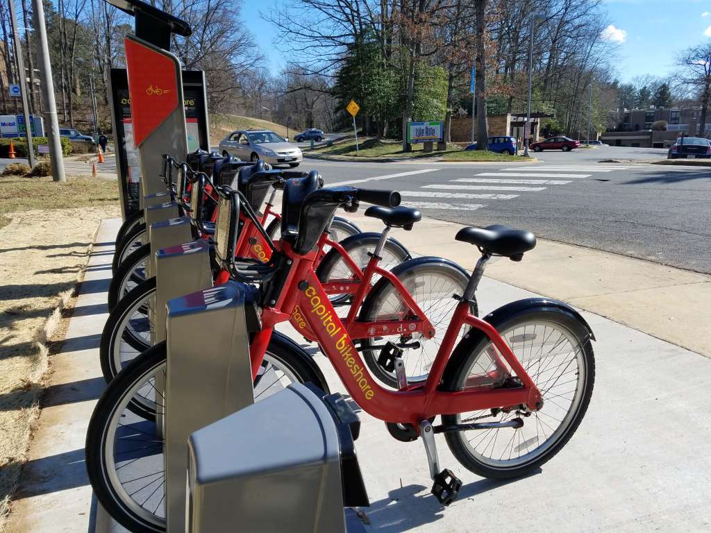 Bikeshare rental at Lake Anne Plaza